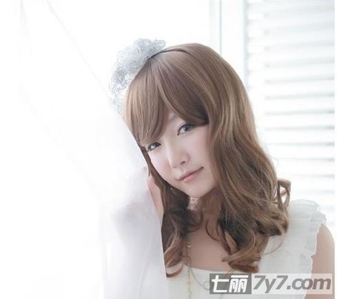 90后韩国女生非主流发型设计 甜美学院风淑女发型清纯