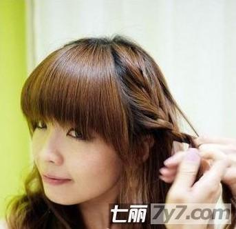 中学生怎么编发型 短发学生简单编发发型扎法(4)图片