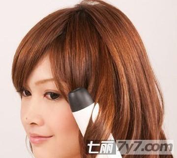 甜美简单发型扎法步骤图解 最减龄时尚发型