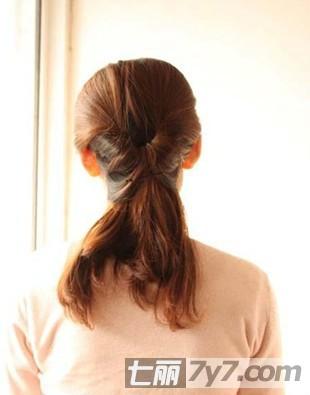 气质韩式盘发发型扎法图解