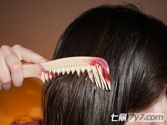 简单9个拉直头发的步骤