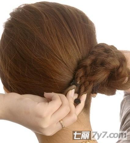 长发发型编发教程图解