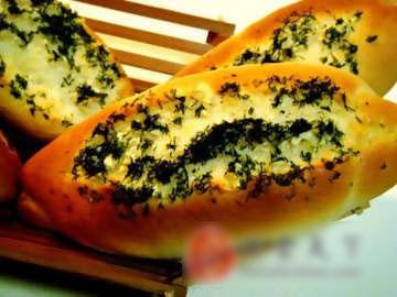 大蒜茴香面包