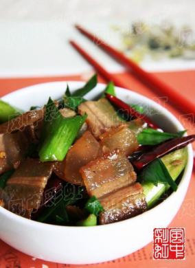 青蒜炒腊肉
