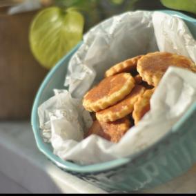 焦糖蛋黄酥饼