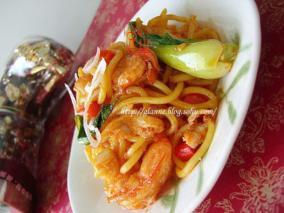 茄汁海鲜炒面