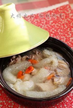 竹荪老鸭汤