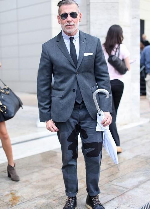 西裝混搭靴子,Nick Wooster經典示范