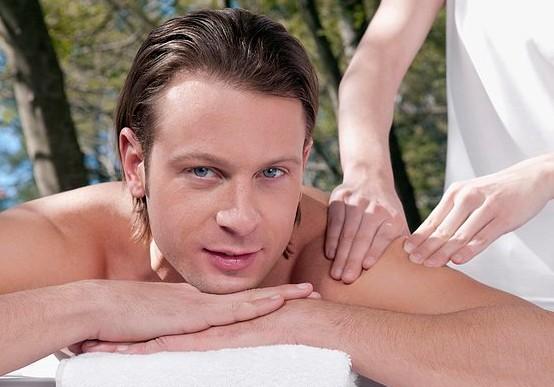 5個習慣幫男士預防痘痘肌